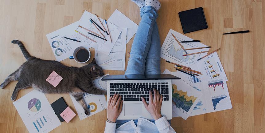Kleine und mittlere Unternehmen müssen das gewinnbringende Gleichgewicht zwischen Büropräsenz und Homeoffice finden